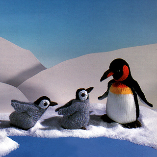 Knitted_emperor_penguins_small2