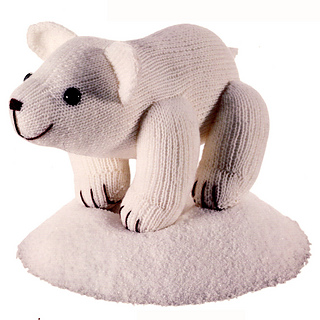Knitted_polar_bear_small2