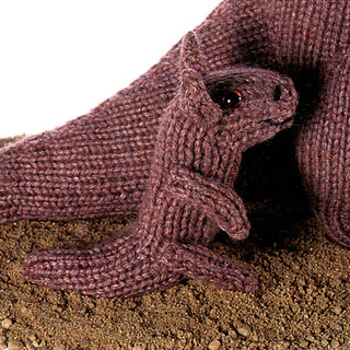 Knitted_joey_small2