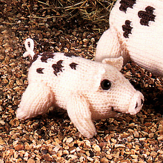 Knitted_gloucester_old_spot_piglet_small2