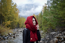 Oversized_ribbed_hooded_scarf_red-3371_small_best_fit