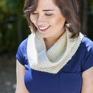 Ravine_cowl_elise2_square1_small2