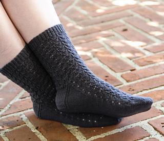 577-french-vine-socks-side2_small2