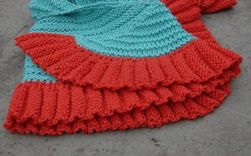 Skewed_shawl_detail_medium