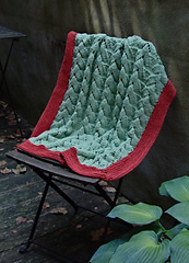 Nestling_baby_blanket_small