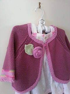 Elly_cardi_hanging_small2