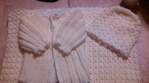 Sweater_medium