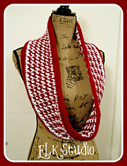 Seasonal_bliss_scarf_by_elk_studio__crochet__crochetscarf1_small