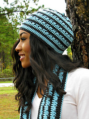 Perfect_storm_beanie_by_elk_studio_small