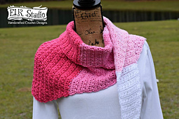 Love_me_more_scarf_by_elk_studio_a_free_crochet_pattern_small_best_fit