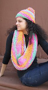 Plymouth_hat_and_scarf_small_best_fit