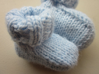 0958c7166 Ravelry  Simple Seamless Baby Booties pattern by Destiny Meyer