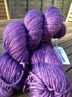 Dw_dk_purple_small2