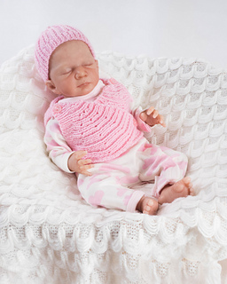 68d14f63172 Ravelry  Preemie baby 10inch wrap   hat pattern by Angela Turner