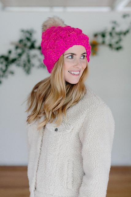 abe456fcbf8 Ravelry  Snowfall Bobble Hat pattern by Annie Lupton