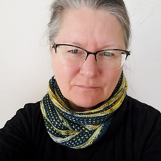 Rainbow-warrior-cowl_small2