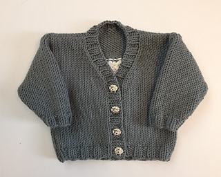 Adorable_ewe_front_2_small2