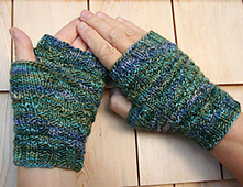 Spacewalk_fingerless_gloves__136_small_best_fit