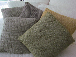Chevron_study_pillow_collection_011_small2
