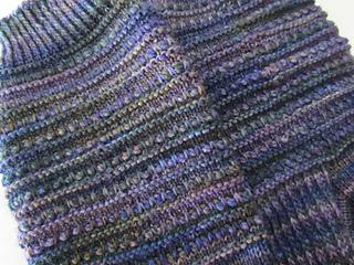 Mediterranean_moonlight__dentil_sock_009_small2