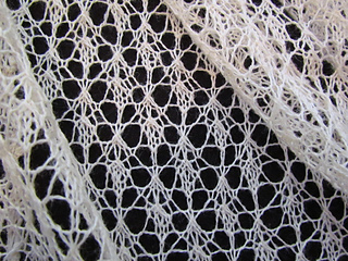 Wedding_wrap__lilly_lace__lily_005_small2