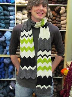 Charlie_chevron_stripe_scarf_02_small2