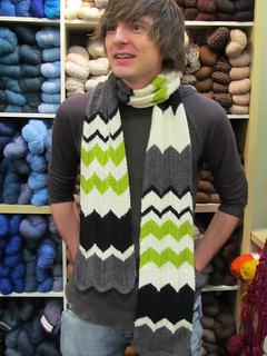 Charlie_chevron_stripe_scarf_03_small2