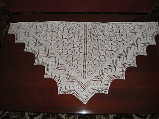 Vogue_2012_shawl_small2