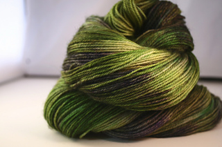 Simple_sock_green_dragon_small2