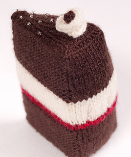 Knitted Cake Patterns : Ravelry: Cake with Slice Missing - and the Slice pattern by Knitting Revolution