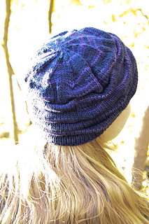 Ruckle_back_800_the_knitting_vortexjpg_small2