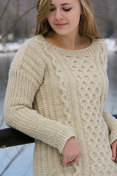 Fisher_queen_right_view_the_knitting_vortex_small_best_fit