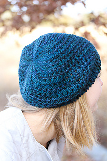 Yoli_hat_back_view_the_knitting_vortex_small2