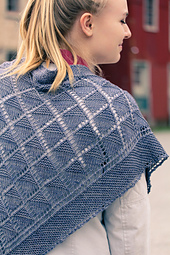 Diamond_lanes_back_closeup_the_knitting_vortex_small_best_fit