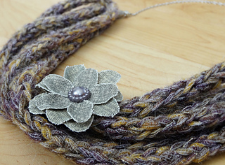 I-cord_necklace_small2