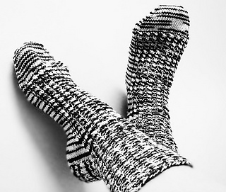 Lt_rib_socks_1-bw_small2