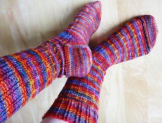 Carnival_socks_pair4_small2