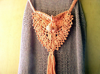 Triangle-bag-with-ball-tassel-1_small2