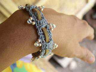 Beaded-weave-bracelet-1_small2