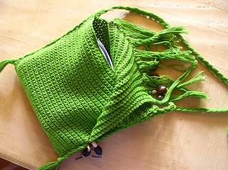 Green-fringed-bag-2_small2