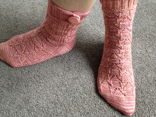 Treehouse_socks_small2