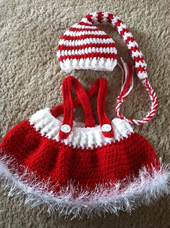 Ravelry  Baby Santa Hat and Skirt pattern by Laurie Artcliff cd307fd889d