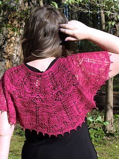Pf4-back-hand-in-hair_small2