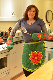 Poinsettiaapronmitts1_small2