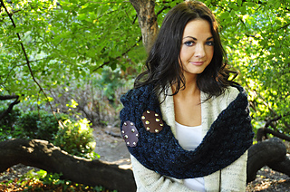 Maschera_hooded_cowl_scarf_4_small2