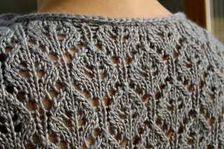 Elara_neck___lace_detail_small2