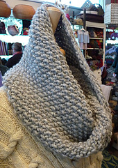 Sally_s_cowl_2_small_best_fit