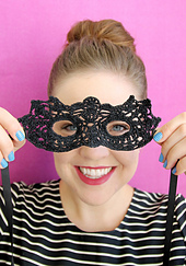 Masquerade_mask_3_small_best_fit
