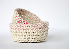 Crochet_baskets_8_small_best_fit