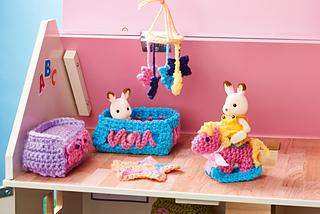 Hicks Furniture Ravelry dolls house furniture crochet along nursery pattern by sarah jane hicks sisterspd